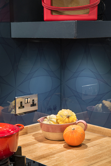 Glartique bespoke Geometric splashback
