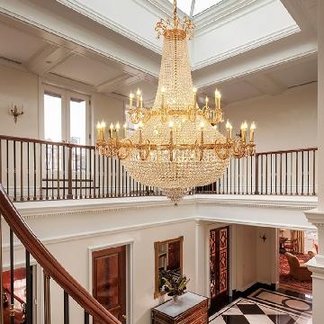 luxury chandeliers for Villa