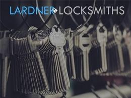 https://www.lardnerlocksmiths.com/ website