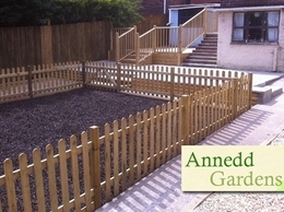 http://www.annedd-gardens.co.uk/ website