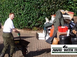 https://essexwasteremoval.co.uk/our-services/skip-hire/ website