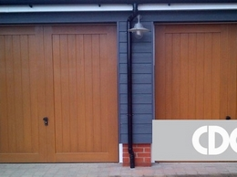 https://www.cdcgaragedoors.co.uk/ website