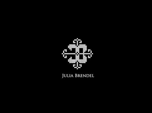 https://www.juliabrendel.com/ website